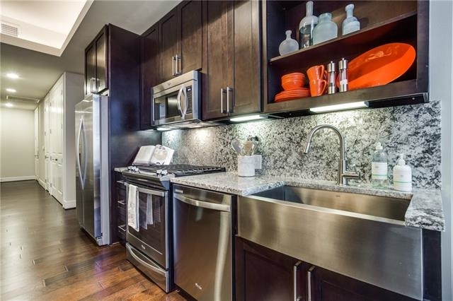 2 Bedrooms, Uptown Rental in Dallas for $4,520 - Photo 2