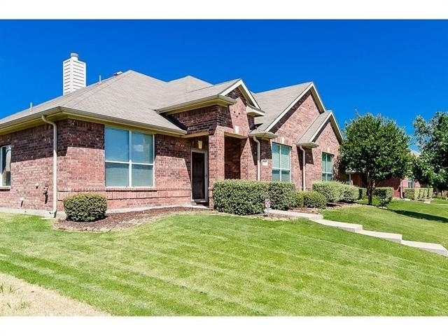 3 Bedrooms, Wylie Rental in Dallas for $2,195 - Photo 2