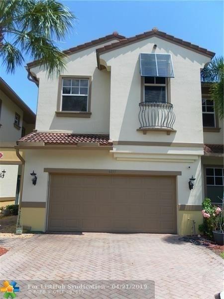 3 Bedrooms, Heron Bay Rental in Miami, FL for $3,000 - Photo 1