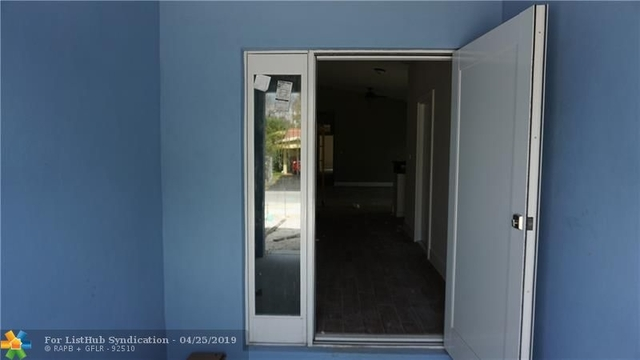3 Bedrooms, South Middle River Rental in Miami, FL for $2,600 - Photo 2