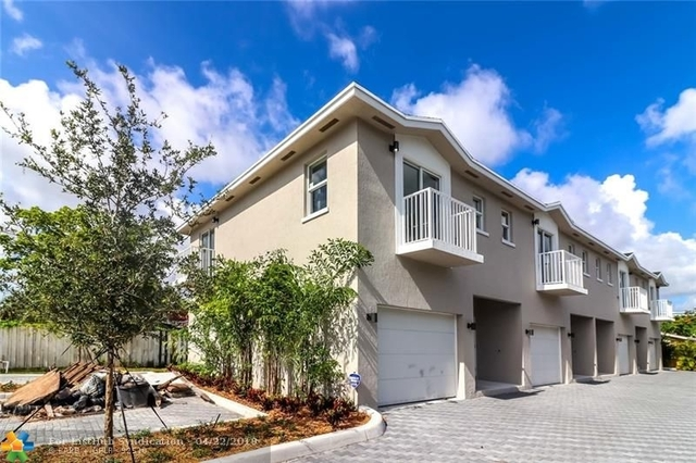 3 Bedrooms, South Middle River Rental in Miami, FL for $2,250 - Photo 1