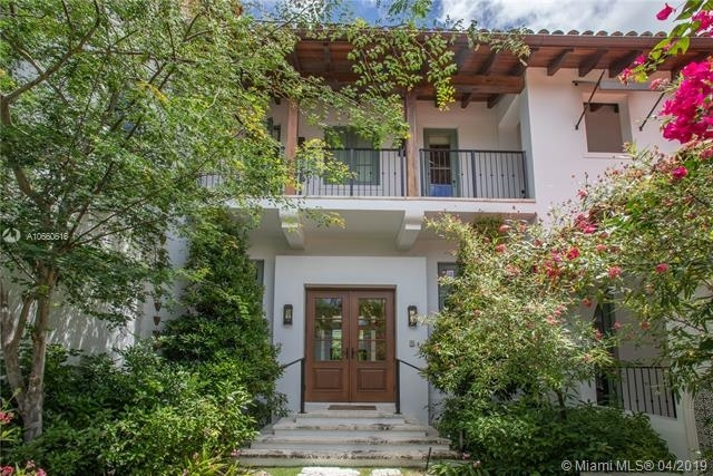 5 Bedrooms, Holiday Colony Rental in Miami, FL for $25,000 - Photo 2