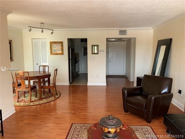 2 Bedrooms, Coral Gables Section Rental in Miami, FL for $2,200 - Photo 1