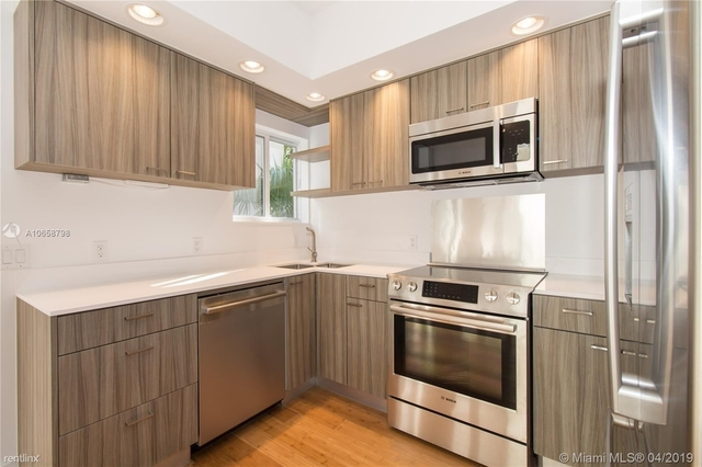 2 Bedrooms, Flamingo - Lummus Rental in Miami, FL for $3,500 - Photo 2