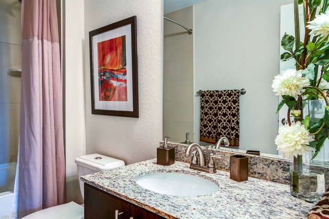 2 Bedrooms, Miami Urban Acres Rental in Miami, FL for $2,360 - Photo 2