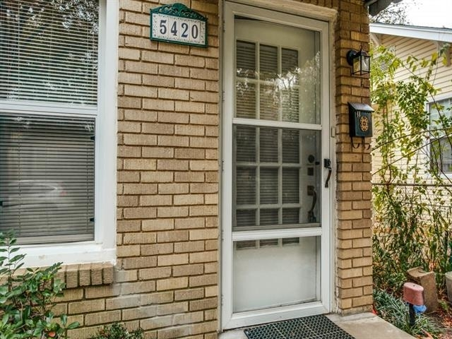 2 Bedrooms, Vickery Place Rental in Dallas for $1,650 - Photo 2
