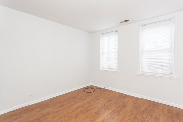 2 Bedrooms, Logan Square Rental in Chicago, IL for $1,295 - Photo 2