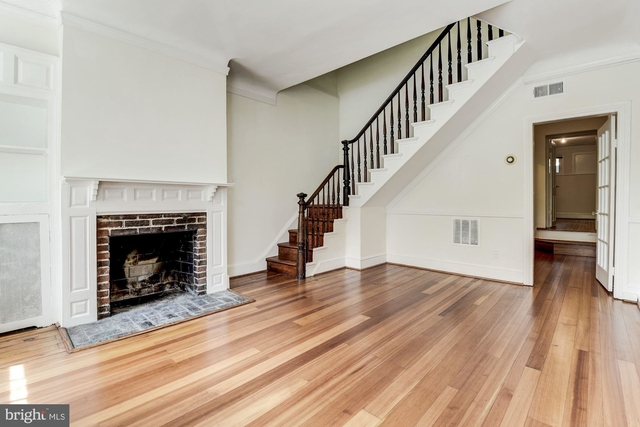 2 Bedrooms, East Village Rental in Washington, DC for $5,200 - Photo 2