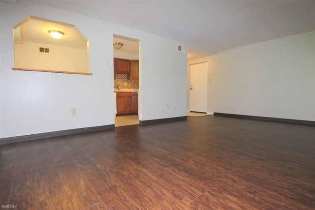 2 Bedrooms, Castle Shannon Rental in Pittsburgh, PA for $859 - Photo 1