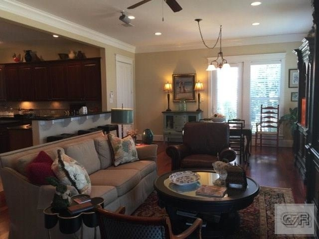 3 Bedrooms, Evia Rental in Houston for $2,400 - Photo 2