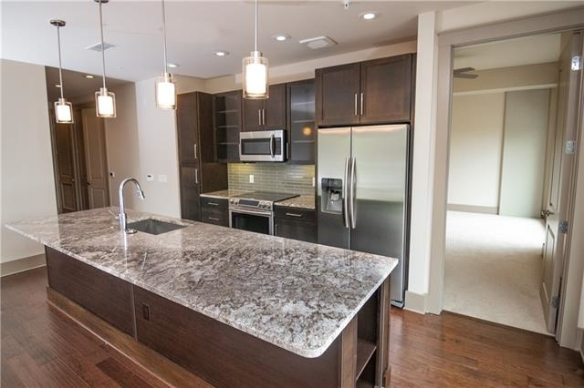2 Bedrooms, Uptown Rental in Dallas for $5,349 - Photo 2