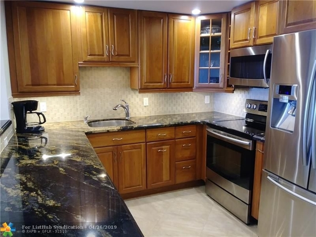 2 Bedrooms, South Middle River Rental in Miami, FL for $1,900 - Photo 2