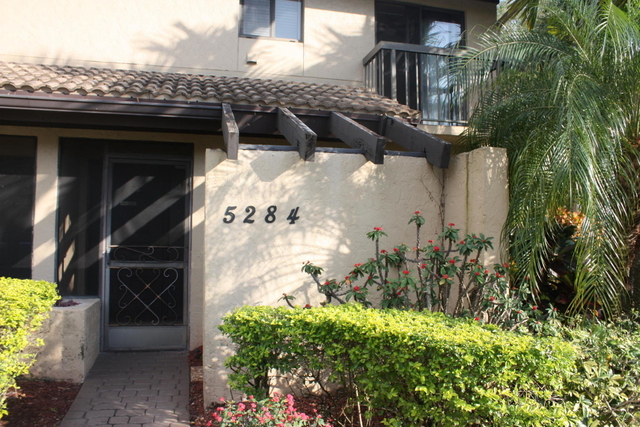 3 Bedrooms, The Fountains Country Club Rental in Miami, FL for $1,750 - Photo 1