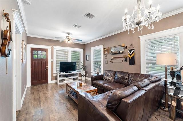 2 Bedrooms, Northside Village Rental in Houston for $1,800 - Photo 2