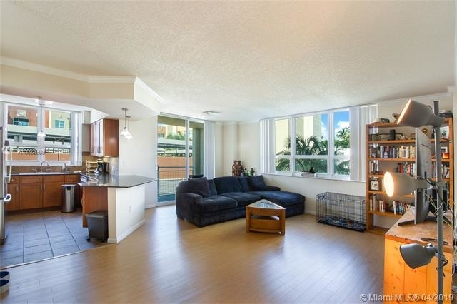 2 Bedrooms, Media and Entertainment District Rental in Miami, FL for $2,099 - Photo 2