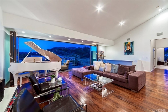 3 Bedrooms, Hollywood Dell Rental in Los Angeles, CA for $9,950 - Photo 1