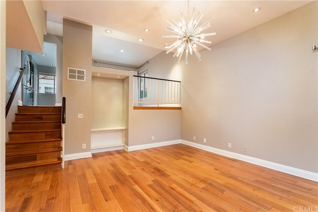 3 Bedrooms, Sherman Oaks Rental in Los Angeles, CA for $3,800 - Photo 2
