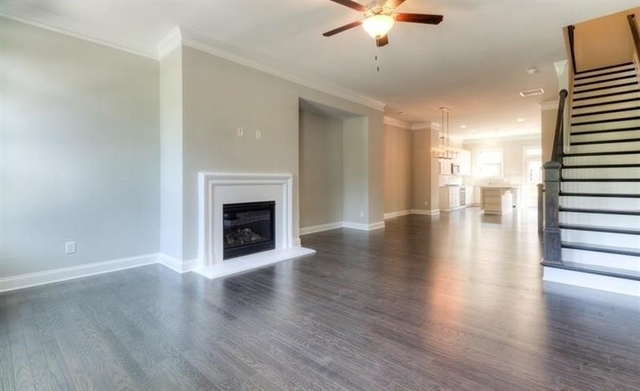3 Bedrooms, Devonshire Court Rental in Atlanta, GA for $3,200 - Photo 2
