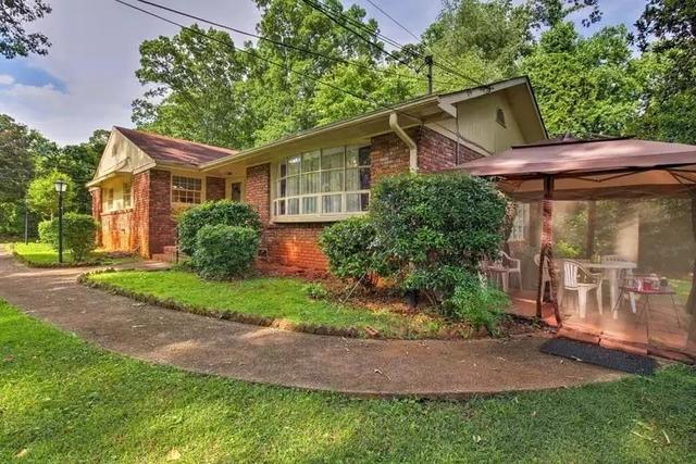3 Bedrooms, Druid Hills Rental in Atlanta, GA for $2,850 - Photo 1
