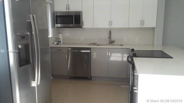 2 Bedrooms, Parkside Rental in Miami, FL for $1,600 - Photo 2