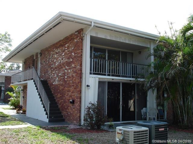 2 Bedrooms, Country Club of Miami Estates Rental in Miami, FL for $1,650 - Photo 2