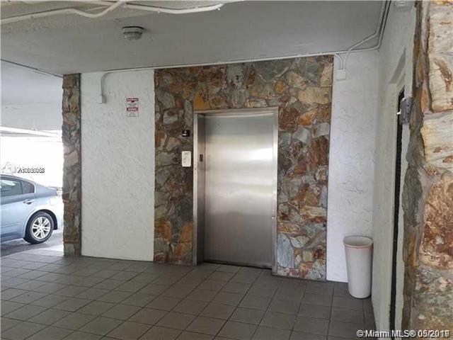 1 Bedroom, Hialeah Rental in Miami, FL for $1,300 - Photo 2
