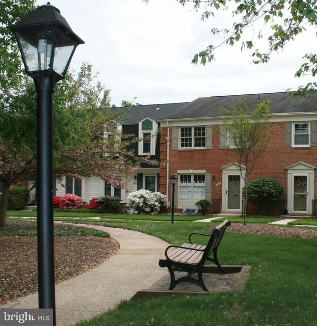 3 Bedrooms, McLean Rental in Washington, DC for $2,950 - Photo 1