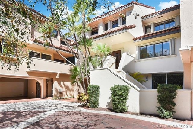 5 Bedrooms, Northeast Coconut Grove Rental in Miami, FL for $9,800 - Photo 2