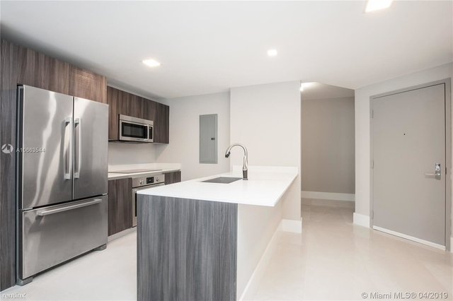 2 Bedrooms, Media and Entertainment District Rental in Miami, FL for $3,200 - Photo 2