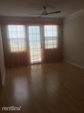 3 Bedrooms, Mezzano Condominiums Rental in Miami, FL for $1,500 - Photo 2