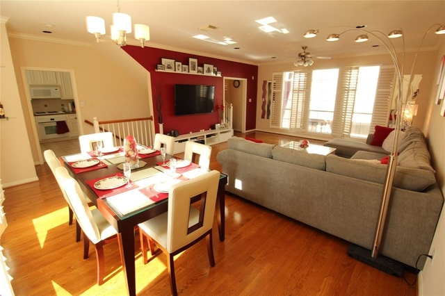 3 Bedrooms, Fourth Ward Rental in Houston for $2,500 - Photo 1