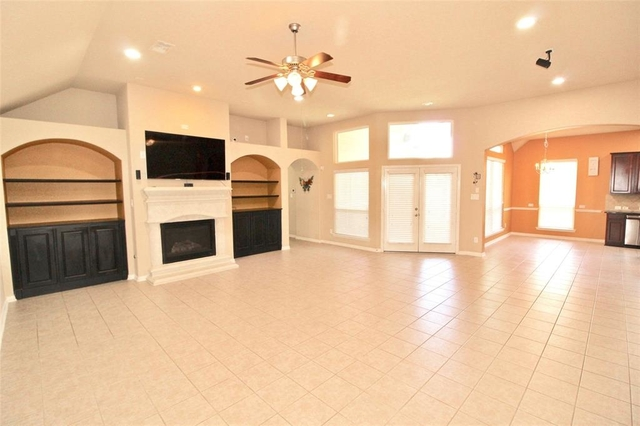 3 Bedrooms, Sugar Land Rental in Houston for $2,250 - Photo 1