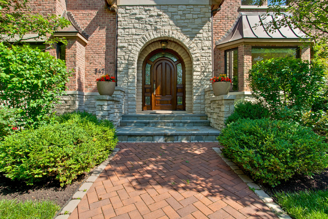 5 Bedrooms, Winnetka Rental in Chicago, IL for $8,995 - Photo 2