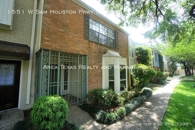 3 Bedrooms, Briarforest Rental in Houston for $1,750 - Photo 1