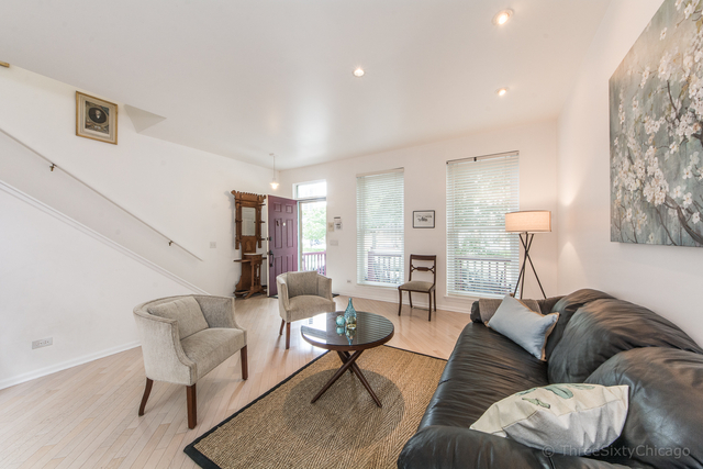 2 Bedrooms, Dearborn Park Rental in Chicago, IL for $4,750 - Photo 2