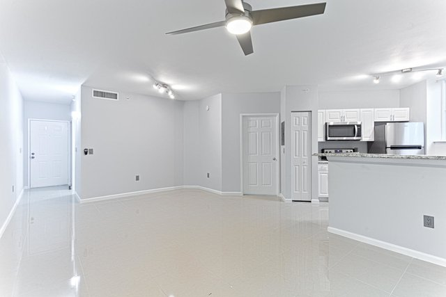 1 Bedroom, Courtyards in Cityplace Condominiums Rental in Miami, FL for $1,650 - Photo 1