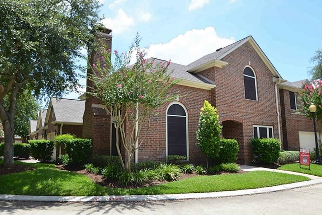 3 Bedrooms, Sweetwater Townhomes Rental in Houston for $2,100 - Photo 2