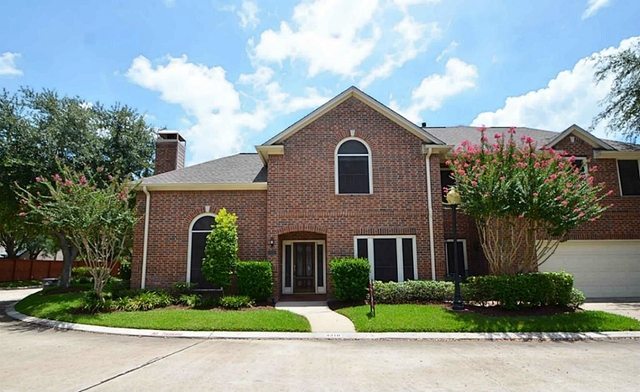 3 Bedrooms, Sweetwater Townhomes Rental in Houston for $2,100 - Photo 1