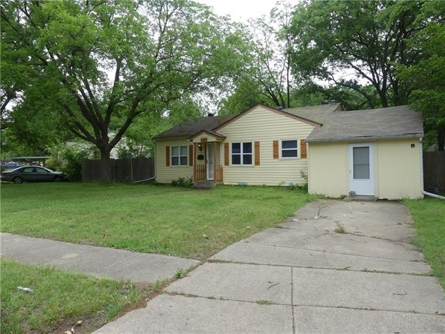2 Bedrooms, Chandler Heights Rental in Dallas for $1,095 - Photo 2