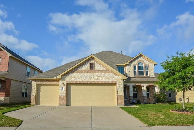 4 Bedrooms, Fort Bend County Rental in Houston for $2,200 - Photo 1