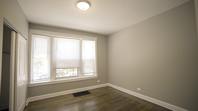 3 Bedrooms, Logan Square Rental in Chicago, IL for $1,525 - Photo 2