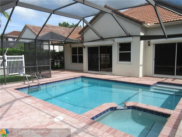 3 Bedrooms, Forest Ridge Rental in Miami, FL for $2,850 - Photo 1