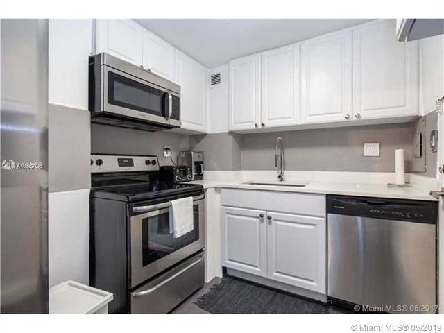1 Bedroom, Bay Park Towers Rental in Miami, FL for $1,900 - Photo 2