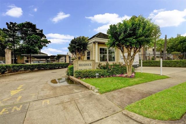 2 Bedrooms, Briarwick Condominiums Rental in Houston for $1,190 - Photo 2