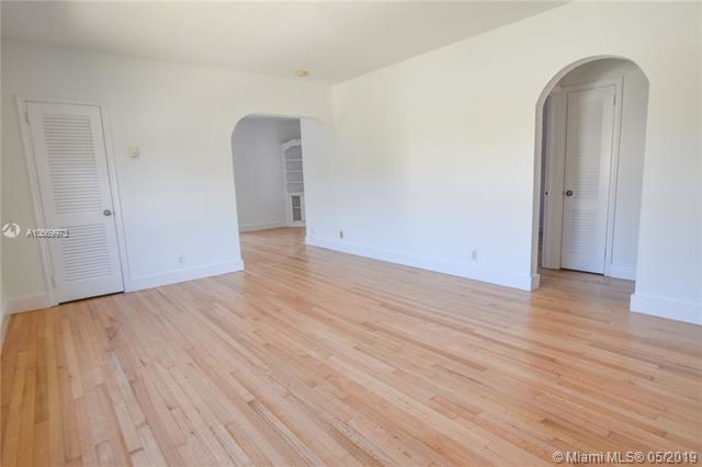 1 Bedroom, Coral Way Rental in Miami, FL for $1,700 - Photo 1