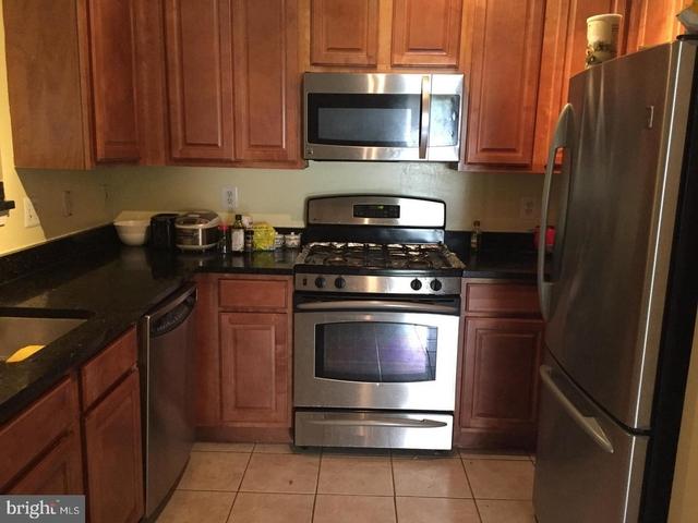 2 Bedrooms, Exchange at Van Dorn Condominiums Rental in Washington, DC for $1,925 - Photo 2