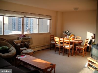2 Bedrooms, Center City West Rental in Philadelphia, PA for $2,125 - Photo 2