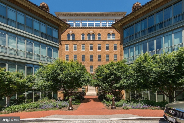 2 Bedrooms, West End Rental in Washington, DC for $5,995 - Photo 1