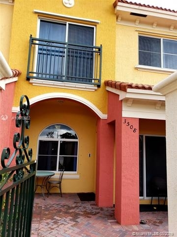 2 Bedrooms, Lauderdale Lakes Rental in Miami, FL for $1,600 - Photo 1