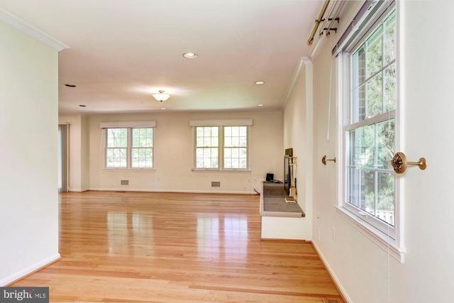5 Bedrooms, Potomac Rental in Washington, DC for $4,200 - Photo 2